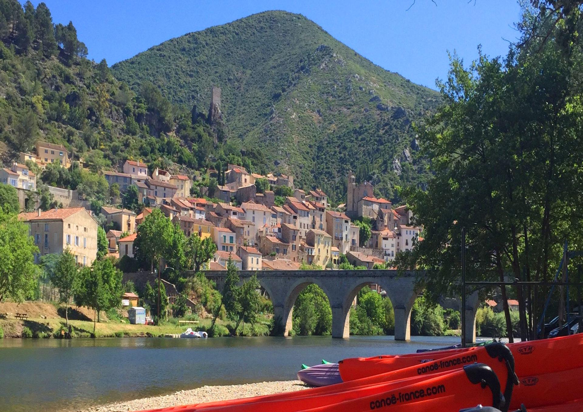 Base de location canoe kayak sup stand up paddle à Roquebrun