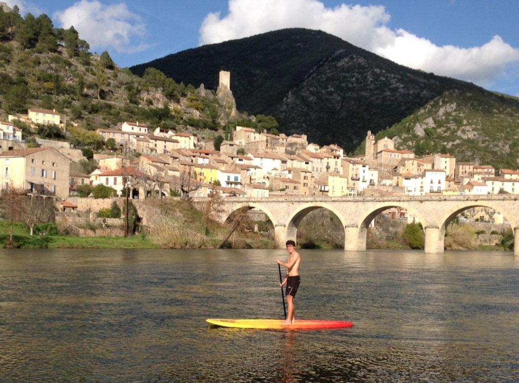 Location de paddle sur l'Orb à Roquebrun. Location de stand up paddle à l'heure